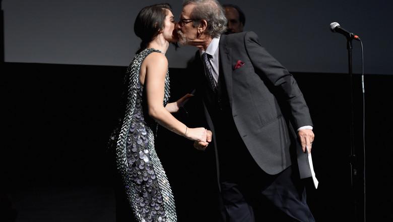 Eve Hewson și Steven Spielberg. Foto: Getty Images