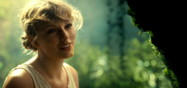 Taylor Swift delights fans with new album Folklore and new song and video Cardigan that she directed herself