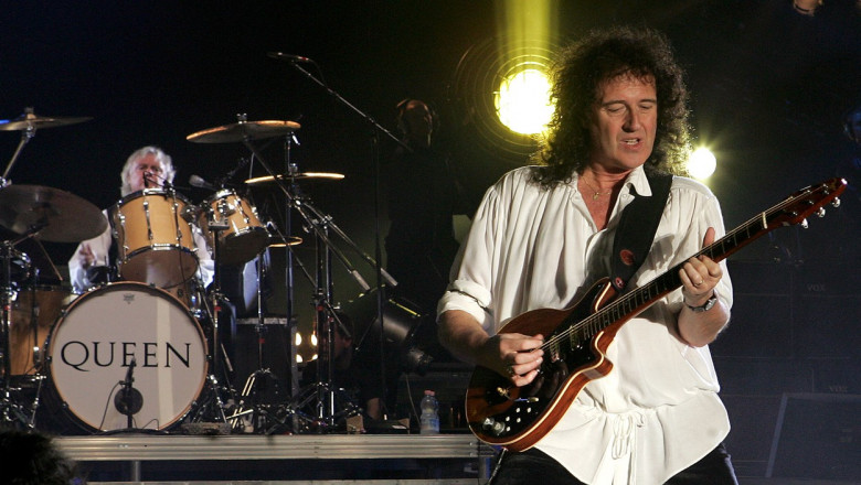 Queen and Paul Rodgers in concert, Mandela Forum, Florence, Italy - 07 Apr 2005
