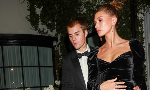 Justin Bieber, Hailey Bieber, and Usher attend Justin's art gallery auction in West Hollywood!