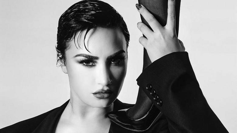 Demi Lovato on social media