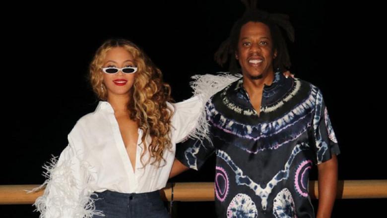 Beyonce în vacanță cu Jay-z și familia lor