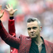 Robbie Williams a vorbit despre cea mai grea perioada din viata lui, Elton John fiind cel care l-a salvat!