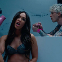 New couple alert! Machine Gun Kelly & Megan Fox formeaza un cuplu!