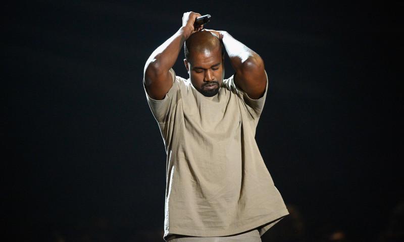 Kanye West a ajuns la spital cu dureri articulare! Nu o sa-ti vina sa crezi care este motivul!