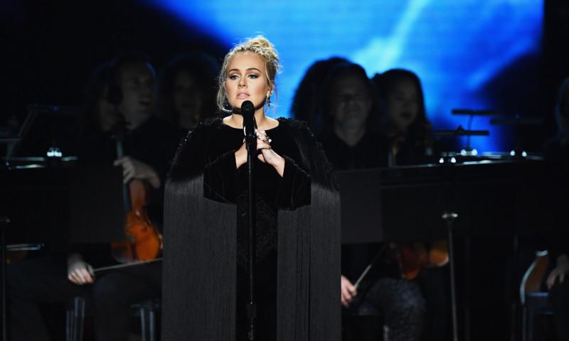 Adele va fi noua gazda de la SNL!