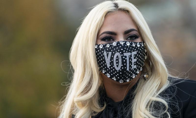 Oare se mai gandeste Lady Gaga la fostul sau logodnic?