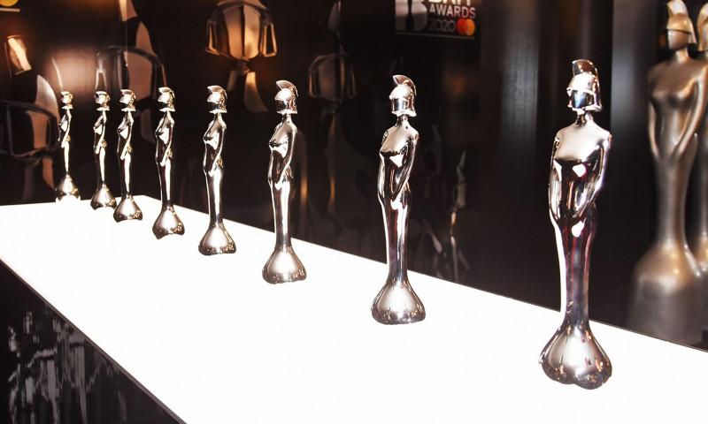 Lista castigatorilor celei de-a 40-a editie BRIT Awards