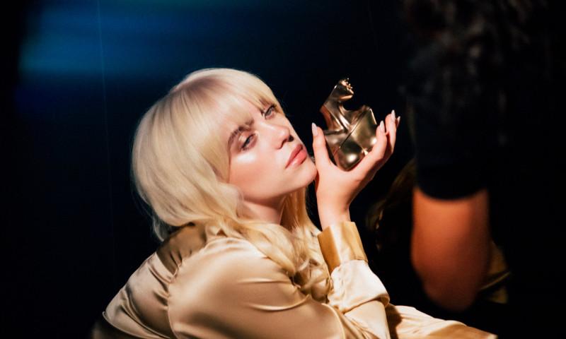 Billie Eilish isi lanseaza propriul parfum!