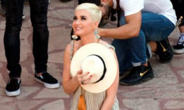 Katy Perry a confirmat relaţia cu starul din seria