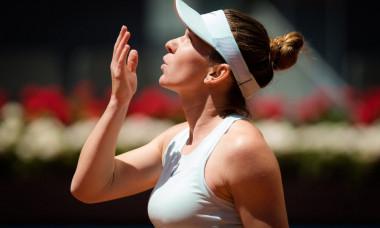 Martina Navratilova mizeaza pe Simona Halep la Roland Garros