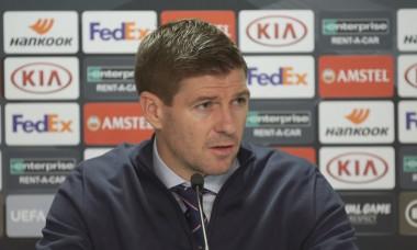 Legendarul Steven Gerrard se inclina in fata lui Ianis Hagi dupa meciul fantastic din Europa League