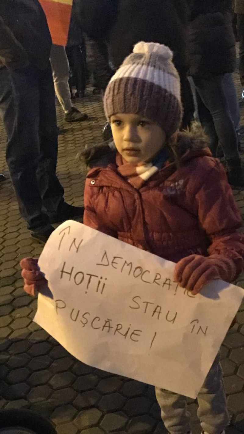 protest copil Hunedoara wa 010217