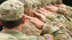 Cipuri implantate in soldatii americani pentru supraveghere medicala. Cum i-ar putea opera medicii de la distanta
