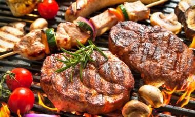 Ce spun cercetatorii cu adevarat despre legatura dintre cancer si carnea facuta la gratar
