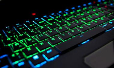 HP a lansat primul laptop de gaming cu ecran dublu din lume