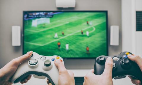Un barbat a investit 1.4 milioane de dolari intr-un personaj de jocuri video. Prietenul lui l-a vandut din greseala pentru doar 552$