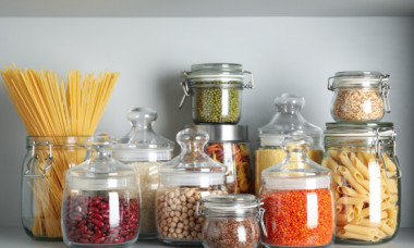 5 alimente care aproape nu expira. Ce produse trebuie sa ai in camara