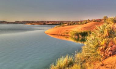 NASA a dezvaluit urmele unui lac antic masiv in Sahara. Ar fi fost cel mai mare lac de azi