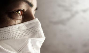"""Ce este parosmia, cel mai nou simptom al infecției cu noul coronavirus. Medic din Marea Britanie: """"E foarte ciudat!"""""""