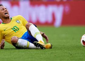 Neymar își plătește prietenii cu 11.000 de euro pe lună