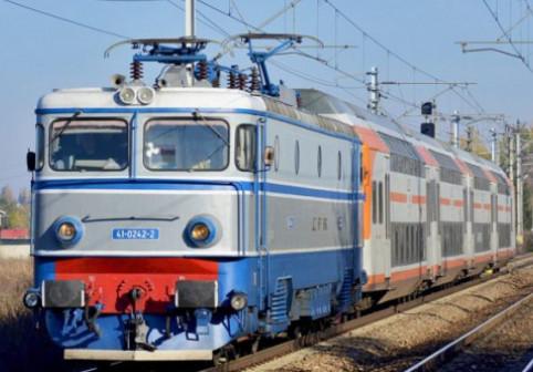 CFR și dragostea de... șine! - Mai puține vagoane și locomotive în 2018