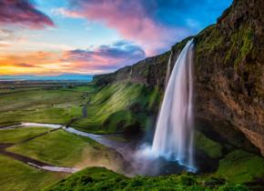 Sunt cele mai spectaculoase cascade din lume. Care e preferata ta?