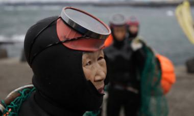 Faceti cunostinta cu ultima generatie de Haenyeo, sirenele din Coreea de Sud