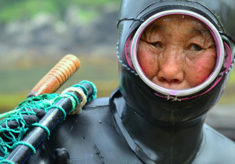 Faceți cunoștință cu ultima generație de Haenyeo, sirenele din Coreea de Sud
