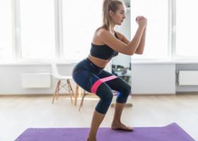 7 exerciții eficente pe care să le faci acasă pentru arderea caloriilor în timp record