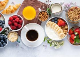 4 rețete rapide și sănătoase de mic dejun. Ce să mănânci atunci când ești pe fugă
