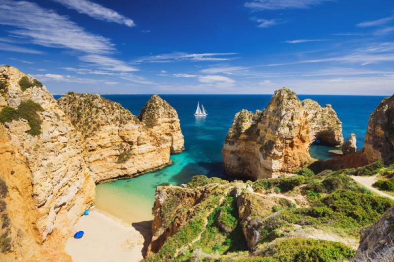 Beautiful,Bay,Near,Lagos,Town,,Algarve,Region,,Portugal.,Sandy,Beach.
