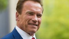 """Baiatul """"ascuns"""" al lui Arnold Schwarzenegger. Cum arata copilul legitim care prefera sa stea departe de lumina reflectoarelor"""