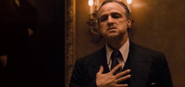 """Îl va juca pe legendarul Marlon Brando. Actorul care are curajul să se transforme în """"Nașul"""""""