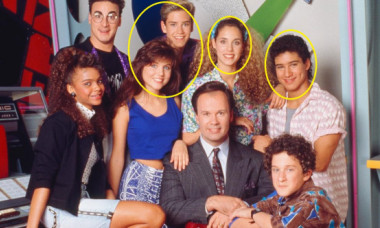 """Actorii din """"Salvați de clopotel"""", din nou împreună. Cum s-au lăsat fotografiați Slater, Jessie, Zack și Kelly"""