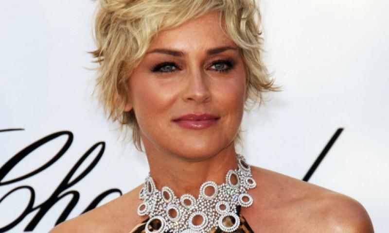 Sharon Stone dezvăluie numele actorului care sărută cel mai bine: E fabulos. Nu l-aș putea compara cu nimeni