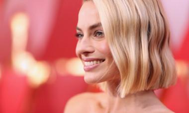 """Primele imagini cu frumoasa Margot Robbie în """"Dreamland"""", filmul interzis minorilor sub 17 ani"""