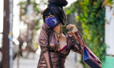 Apariție controversată a actriței chineze Bai Ling. La 54 de ani, șochează cu aspectul său de puștoaică. Cum arată fără mască