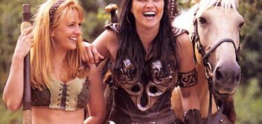 """""""Gabrielle"""", partenera Xenei, prințesa războinică, a împlinit 50 de ani. Cum arată acum actrița Renee O'Connor, care ne-a marcat copilăria"""""""
