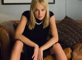 Sharon Stone, din nou femeia fatală a Hollywood-ului. A pozat senzual pentru coperta unei reviste celebre