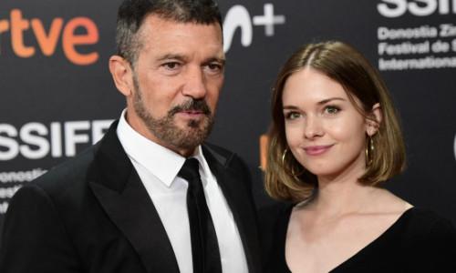 Antonio Banderas, mândru de Stella, fiica lui și a lui Melanie Griffith. Tânăra de 24 de ani i-a fost parteneră la Festivalul de la San Sebastian