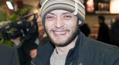"""A murit Victor Spirescu, românul care """"a invadat"""" Marea Britanie în prima zi din 2014"""