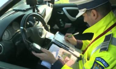 Un șofer băut a sărit în Dâmbovița de teama poliției. Ce s-a întâmplat cu el