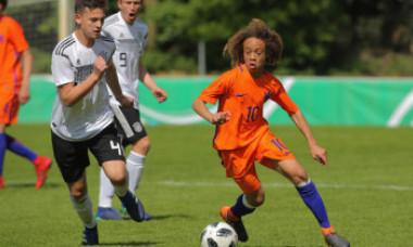 Noul copil minune al fotbalului a fost transferat de unul dintre cele mai mari cluburi din lume