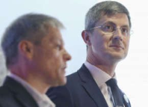 Dan Barna a anunțat că Alianța USR- PLUS îl va propune pe Dacian Cioloș pentru funcția de premier