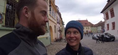 """VIDEO. Turişti străini uimiți de România: """"Cea mai mare surpriză a aventurii noastre prin Europa. Am vrut s-o ocolim"""""""