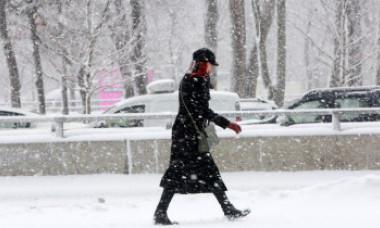 COD GALBEN în sudul țării, strat de 5 cm de zăpadă în București. Urmează două zile cu frig pronunțat