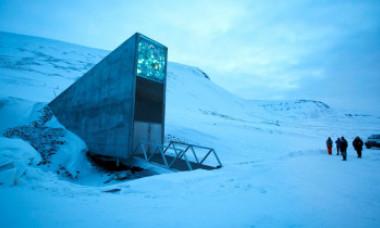 """Ce adăpostește """"Seiful Judecății de Apoi"""" din buncărul ascuns într-un munte in Arctica:"""