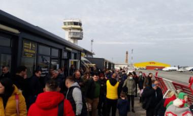 Alertă de coronavirus pe aeroportul din Timișoara. Totul a pornit de la un telefon la 112 dat de o mamă