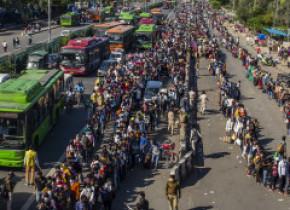 BBC: Situaţia din India se poate transforma într-o tragedie umană din cauza pandemiei de coronavirus